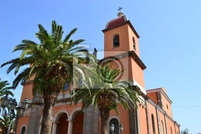 palmy i kościół pomarańczowy