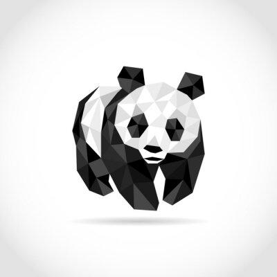 Naklejka panda w stylu wielokąta. low poly wzór w trójkątach