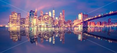 Naklejka Panorama Manhattanu Midtown o zmierzchu z drapaczy chmur, Nowy Jork
