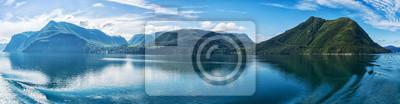 Naklejka Panorama norweskie fiordy