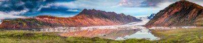 Naklejka Panorama piękny lodowiec i jezioro o świcie w Islandii