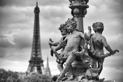 Naklejka Paryż Francja Wieża Eiffla z Rzeźby aniołków