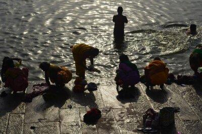 Naklejka People Bathing In Ganges River