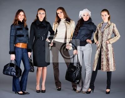 Pięć dziewcząt. Jesień Kolekcja ubrania damskie