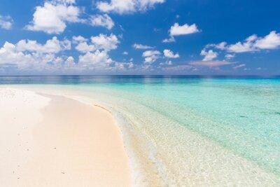 Naklejka Piękna plaża ocean na Malediwach