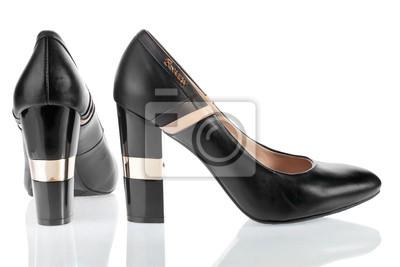 Piękne kobiety buty skórzane z błyszczących obcasach
