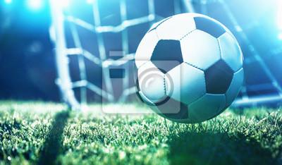 Piłka nożna na boisku stadionu