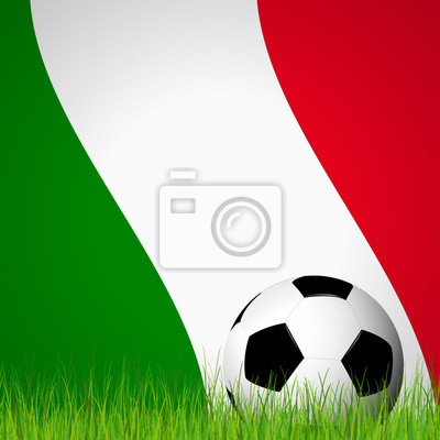 piłka przed flagą włoski