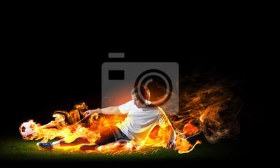 Piłkarz z piłką
