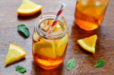 Naklejka Pomarańczowy zimny napój