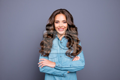 Portrait of her she nice lovely attractive fascinating cheerful wavy-haired caucasian lady folded arms isolated over gray violet purple pastel background