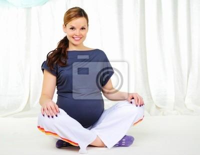 Portret młoda dziewczyna ciąży