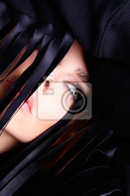 Portret pięknej zmysłowej kobiety z długimi blond