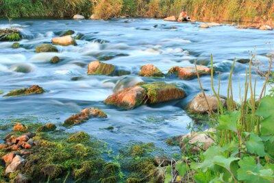 Naklejka Pośpiech rzeka