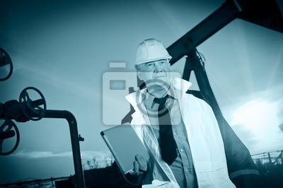 Pracownik w polu naftowym