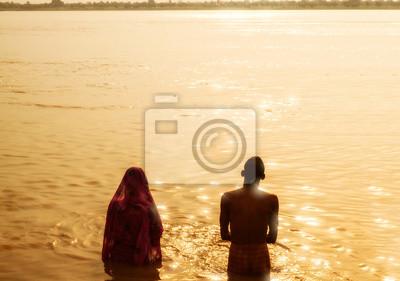 Naklejka Rano kąpiel w Gangesie, Varanasi