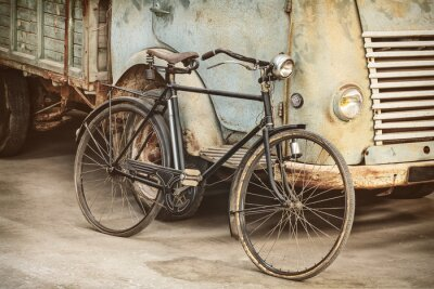 Naklejka Retro stylem obraz starożytnej roweru i samochodu