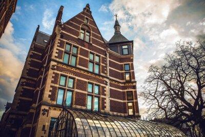 Naklejka Rijksmuseum jest obywatelem Holandii muzeum poświęcone sztuce i historii w Amsterdamie. W muzeum znajduje się przy Placu Muzeów w dzielnicy Amsterdam Południowej, w pobliżu Muzeum Van Gogha.