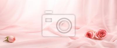 Naklejka różowe róże na miękkim jedwabiu