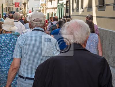 Naklejka Seniorzy grupa wycieczka