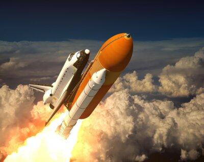 Space Shuttle w chmurach