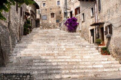 Naklejka spojrzenie na starej wsi Sermoneta
