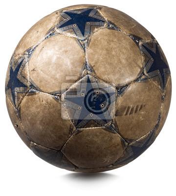 Stare Piłka samodzielnie na białym tle