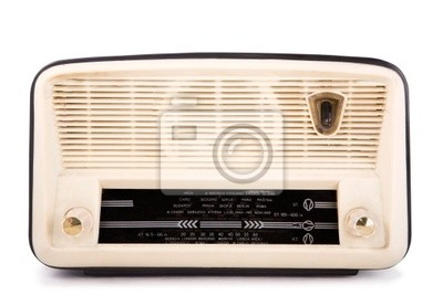 Stare zabytkowe radio, strzyżenie ścieżka włączone, biały izolowane