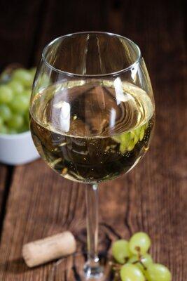 Naklejka Stary drewniany stół z białego wina
