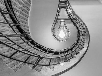 Naklejka Streszczenie strzał z schody prowadzące do żarówkę jak O