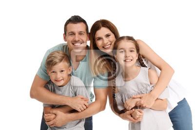 Szczęśliwa rodzina z dziećmi na białym tle