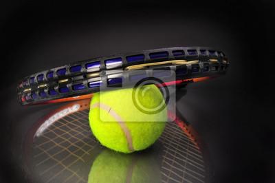 Tenis i piłka rakieta.