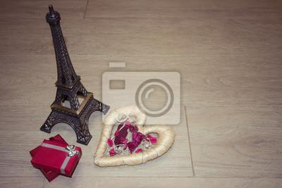 Tło na Walentynki z miłością serca, Wieża Eiffla i