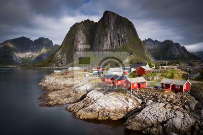 Naklejka Tradycyjny norweski Rybacka Kabiny Rorbuer, na wyspie