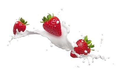 Naklejka truskawki z mleka splash