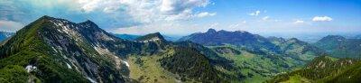 Naklejka Urlaub in den bayrischen Bergen: Das Wandergebiet Sudelfeld, Bayrischzell mit dem Traithen und seinen schönen Almen im Frühling