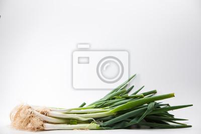 Naklejka Walijskie cebule na białym tle