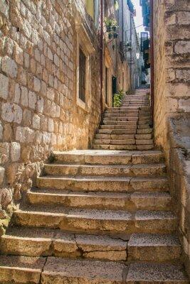 Naklejka Wąska ulica i schody na Starym Mieście w Dubrowniku, Chorwacja, Morza Śródziemnego otoczenia