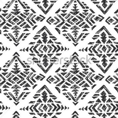 Naklejka Wektorowa ręka rysujący etniczny bezszwowy wzór z plemiennymi abstrakcjonistycznymi elementami w czarnym białym doodle nakreślenia stylu