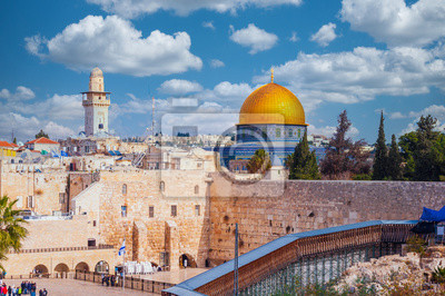 Naklejka Western wall dominated by the Dome of the Rock in Jerusalem