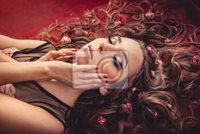 włosy z róż rozwinąć tkaniny kolorowe Marsala