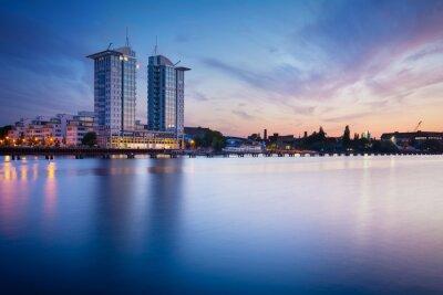 Naklejka Zachód słońca nad rzeką Szprewą w Berlinie