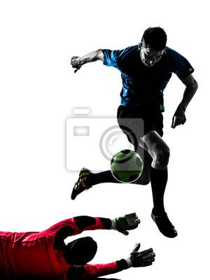 Zawodnik dwóch mężczyzn sylwetka turniej piłki nożnej bramkarz