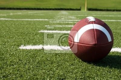 Naklejka Zbliżenie futbolu amerykańskiego na pole