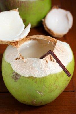 Naklejka Zielona woda kokosowa