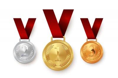 Naklejka Złote, srebrne i brązowe medale wiszące na czerwonymi wstążkami na białym tle. Element projektu wektorowego.