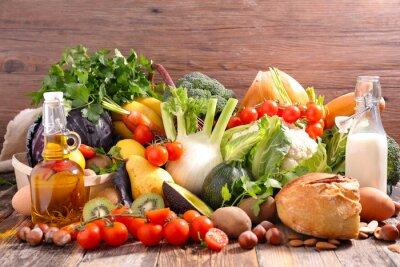 Naklejka Zrównoważona dieta pojęcie żywności