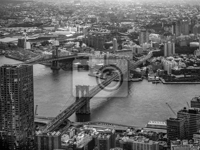 Obraz Aerial view of Brooklyn Bridge in New York in black and white