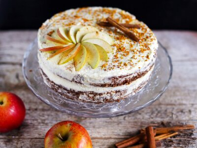Obraz Apple cinnamon layered cake with buttercream icing and bee polen
