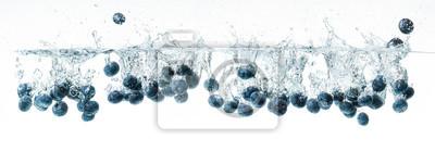 Obraz Blueberries sinking underwater, panorama